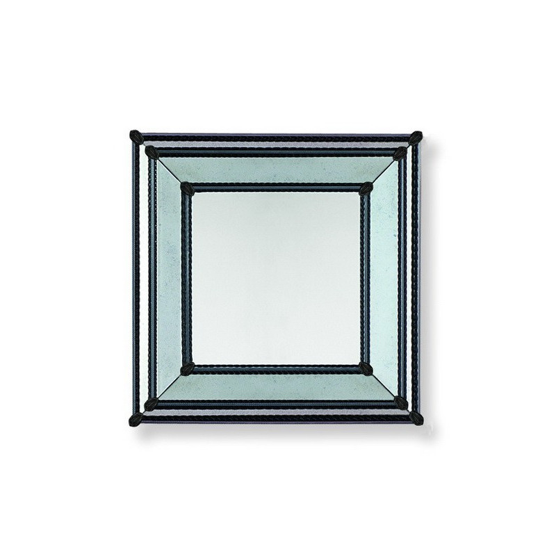 Cassandra miroir v nitien noir venetian mirrors for Miroir in english