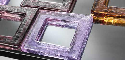 Venezianischer Spiegel mit farbigen Quadraten