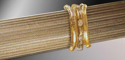 décoration dorée sur miroir vénitien
